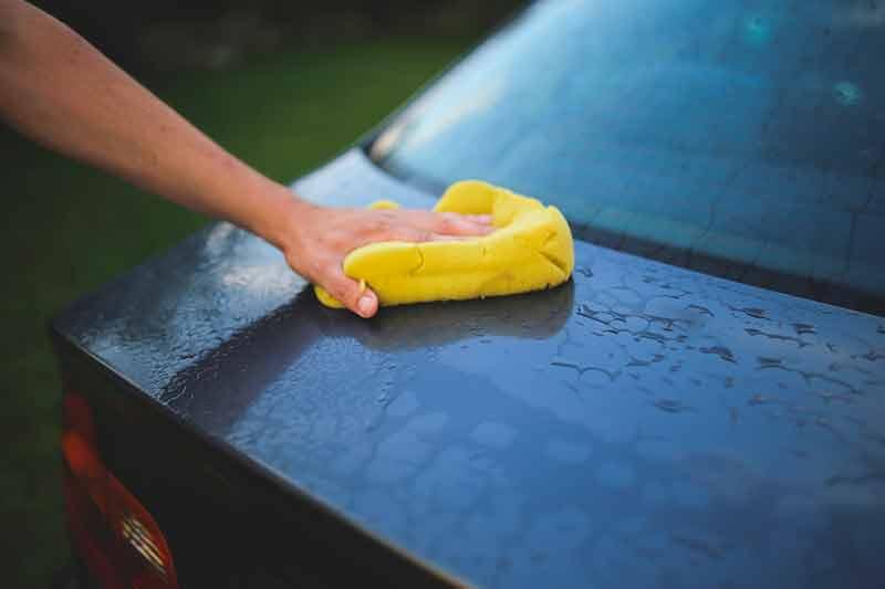À quelle fréquence devriez-vous laver votre voiture ?