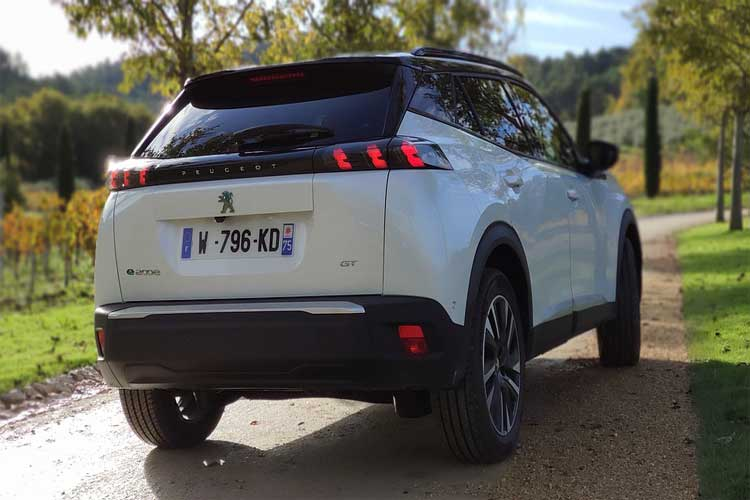 voiture électrique conseils avantages véhicules peugeot conseils