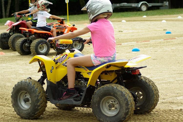 choisir quad selon age enfant avis