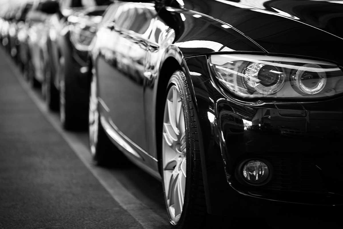 Les différences de prix entre mandataire auto et voiture neuve
