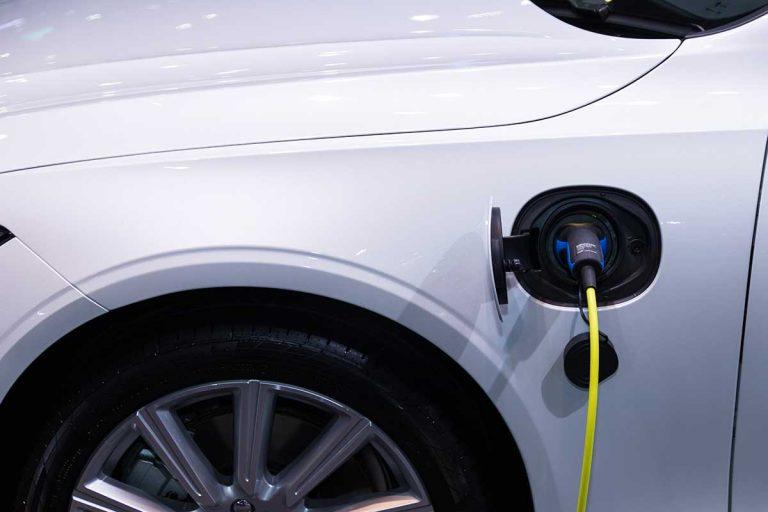 Voiture électrique : combien coûte la recharge ?